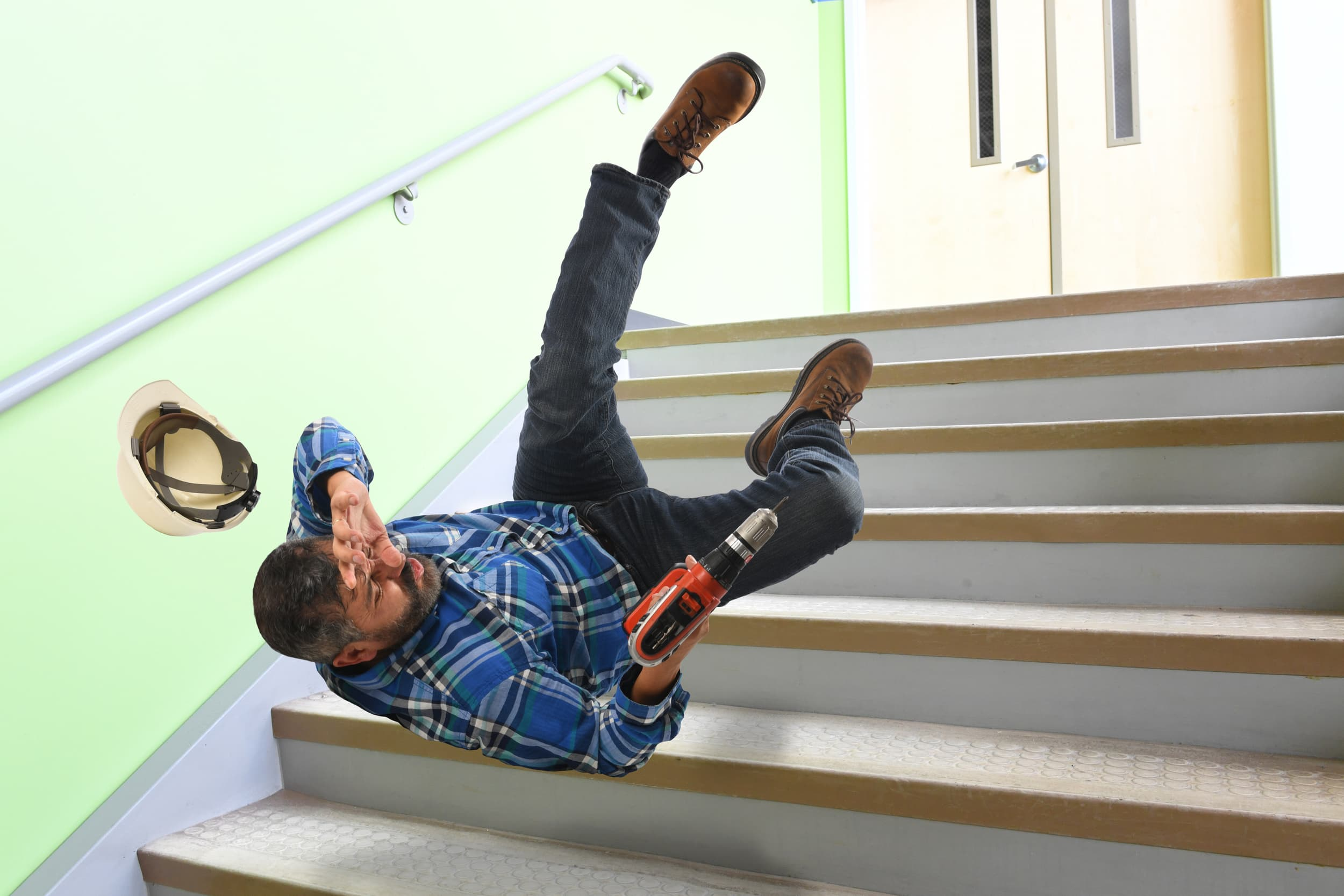 Compliance Training Online Construction Slips, Trips & Falls course